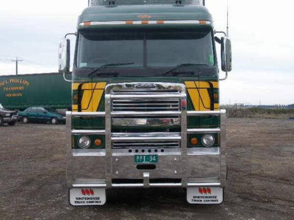 Freightliner Bullbars